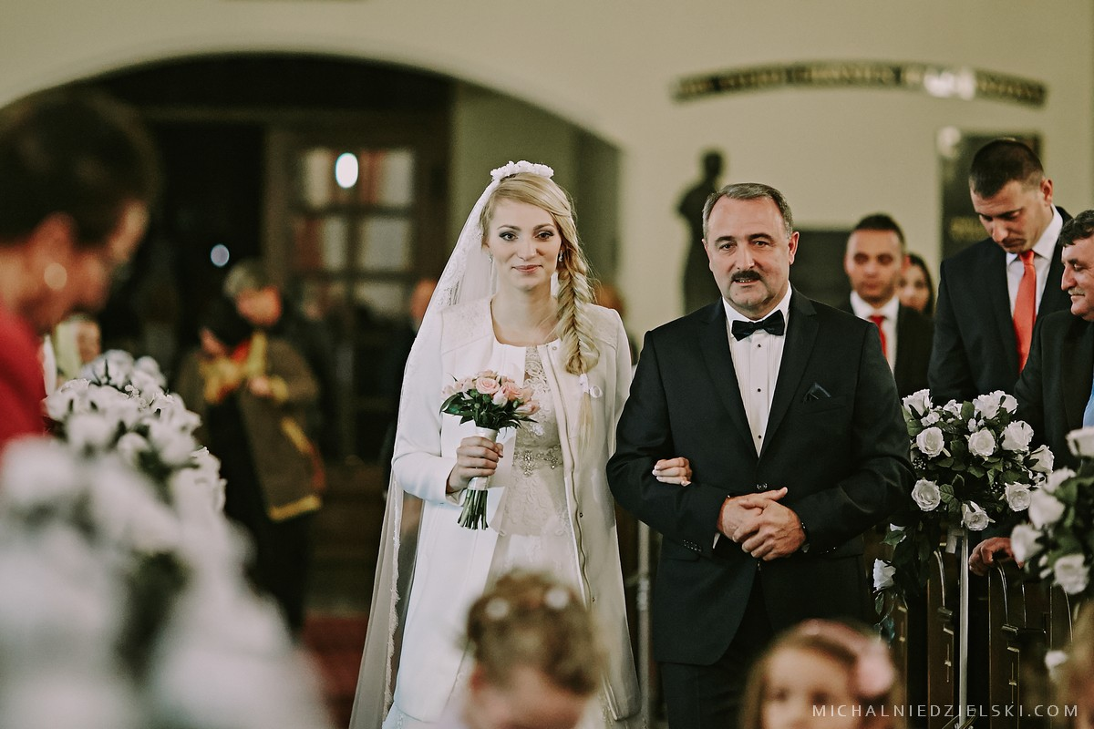 fotograf slubny ze Szczecina zrobil reportaz na slubie Kasi i Przemka w Ratuszowa Stargard fotografia slubna Poznan